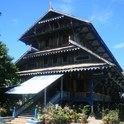 Makna Filasafat Arsitektur Rumah Tradisional Buton
