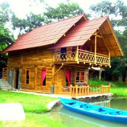 paduan kuning merah rumah kayu di jawa barat kumpulan