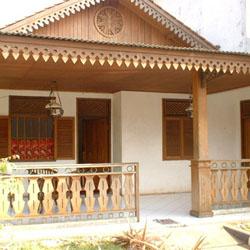 Desain Rumah Modern on Rumah Adat Betawi Merupakan Salah Satu Jenis Rumah Etnik Di Indonesia