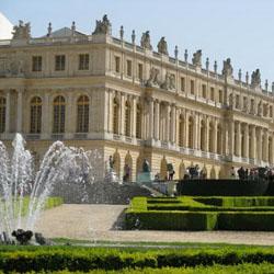Arsitektur istana paling indah
