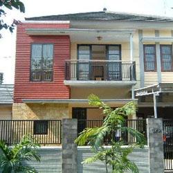 perbedaan rumah tropis dan minimalis